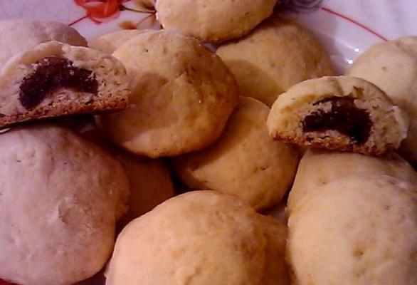 Maamouls - Petits gâteaux fourrés à la pâte de dattes