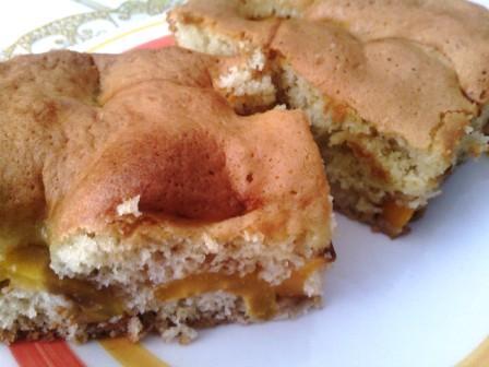 Gâteau aux nèfles